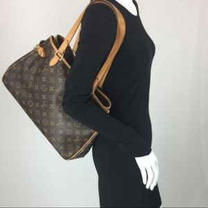 🌺BEAUTIFUL🌺 Stunning shoulder bag